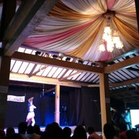 Foto diambil di Moro Lejar Restaurant oleh Dean S. pada 3/7/2014