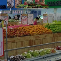 Photo taken at TF VALUE MART-BENTONG 2 by Rosseli H. on 7/22/2013