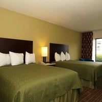 Photo taken at Quality Inn & Suites Pensacola Bayview by Quality Inn & Suites Pensacola Bayview on 6/10/2016