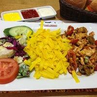 Photo taken at Beef & Chicken by Tolga Ş. on 1/3/2013