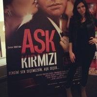 2/23/2013 tarihinde Ayse y.ziyaretçi tarafından Cinemaximum'de çekilen fotoğraf