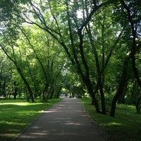 6/12/2013 tarihinde Natalia C.ziyaretçi tarafından Парк «Северное Тушино»'de çekilen fotoğraf