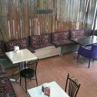 9/17/2013 tarihinde şkr L.ziyaretçi tarafından Papillion Cafe'de çekilen fotoğraf