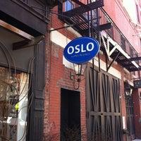 4/6/2013 tarihinde Shiri D.ziyaretçi tarafından Oslo Coffee Roasters'de çekilen fotoğraf
