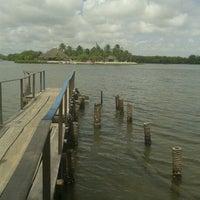 Foto tirada no(a) Ilha Carlito por Laninha L. em 1/13/2013