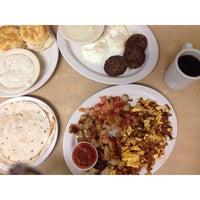 Photo prise au Bic's Restaurant par Dallas Food N. le7/4/2014