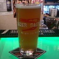 Foto tomada en Beer Saurus por shiroty el 6/18/2017