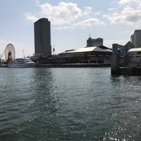 Photo taken at かもめりあ 中突堤中央ターミナル by Natsumi on 4/1/2017