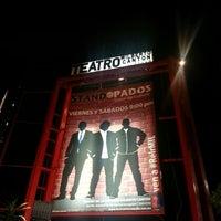 Foto tirada no(a) Teatro Wilberto Cantón por Ale S. em 7/27/2013