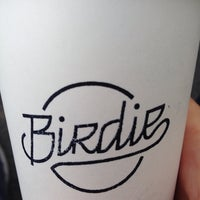 Photo prise au Birdie Food & Coffee par Chris le10/14/2014
