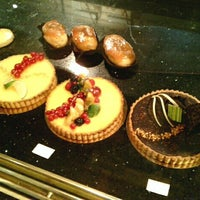 Photo taken at Boulangerie-Pâtisserie Lohezic by Александр К. on 1/19/2013