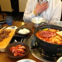 Photo taken at 고기주는 냉면집 by 태영 김. on 3/22/2013