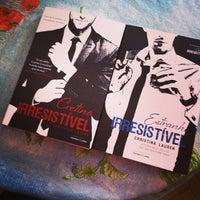 Foto tirada no(a) Livraria Saraiva por Camyla B. em 11/23/2013
