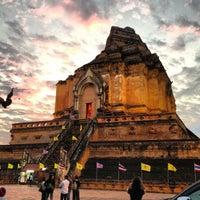 Photo taken at Wat Chedi Luang Varavihara by Komsun D. on 12/31/2012