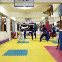 Photo taken at Yodphatiparn Gym by Poong P. on 6/18/2013