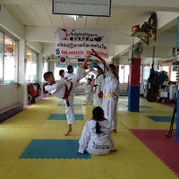 Photo taken at Yodphatiparn Gym by Poong P. on 6/16/2013