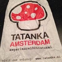 Photo taken at Tatanka Smartshop Amsterdam +31 20 421 2139 Korte Leidsedwarsstraat 151A, 1017 PZ Amsterdam, Netherlands by Janet C. on 9/1/2014