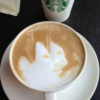7/18/2013 tarihinde Başak Ü.ziyaretçi tarafından Starbucks'de çekilen fotoğraf