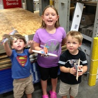 Photo taken at Lowe's Home Improvement by Miranda N. on 8/10/2013
