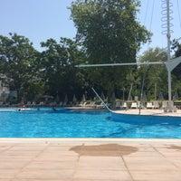 Photo taken at tck yüzme havuzu by Ayşen G. on 7/23/2016