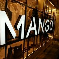 Foto diambil di Mango oleh Rully H. pada 1/24/2017