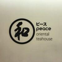 Foto tirada no(a) Peace Oriental Teahouse por Tookta T. em 3/26/2017