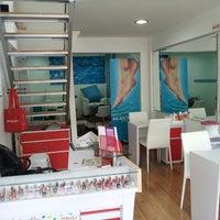 Photo taken at Mavala Switzerland - Salon De Uñas by Andrés L. on 8/9/2013
