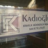 Photo taken at Kaynak Gayrimenkul Değerleme İnşaat Mühendislik AŞ by Emre K. on 6/17/2013