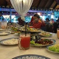 Photo taken at Restoran Man Tomyam by Muhammad T. on 7/13/2013