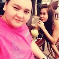 Das Foto wurde bei Doi Chang Coffee von Zazzi am 9/28/2013 aufgenommen