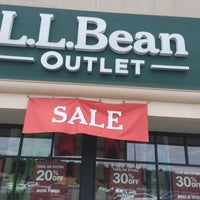 Photo taken at L.L.Bean Outlet Store by Mark on 8/25/2016