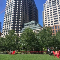 Photo prise au The Rose Kennedy Greenway par Kelly S. le9/5/2015