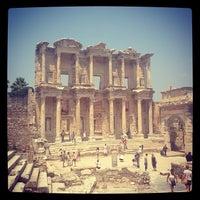 6/29/2013 tarihinde We W.ziyaretçi tarafından Efes'de çekilen fotoğraf