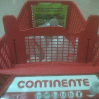 Photo taken at Continente by Mário G. on 10/13/2013
