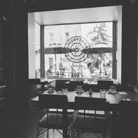 5/14/2017 tarihinde Harrison A.ziyaretçi tarafından Right Proper Brewing Company'de çekilen fotoğraf