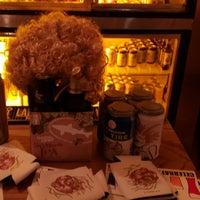 Foto tomada en Gebhard's Beer Culture por Bryan A. el 8/21/2018