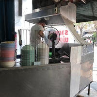 Photo taken at ร้านราดหน้า นายเหลา by Pan V. on 2/4/2018