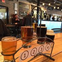 Das Foto wurde bei Old Ox Brewery von Tess T. am 2/8/2015 aufgenommen