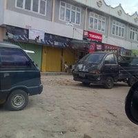 Photo taken at Pasar Kangkung by Hendra M. on 6/20/2013