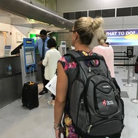 Photo taken at Alamo Rent A Car by Everyday on 8/3/2017