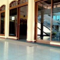 Photo taken at Masjid Al-Maghfirah by fitri vthree on 9/25/2014