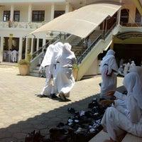 Photo taken at Masjid Al-Maghfirah by fitri vthree on 10/6/2014