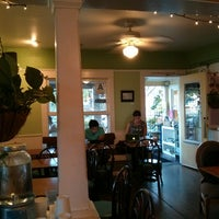 Photo taken at Cafe 976 by Tom J. on 9/5/2014