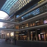 Das Foto wurde bei LP12 Mall of Berlin von Charalambos M. am 7/21/2015 aufgenommen