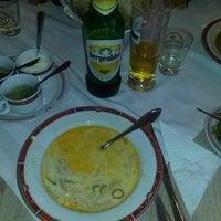 Foto tomada en Restaurant Kontiki por Slavi Z. el 5/27/2016
