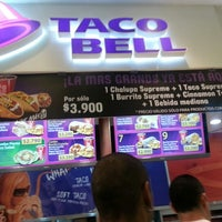 Photo taken at Taco Bell by Oswaldo P. on 2/9/2013