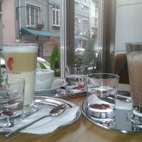 1/6/2013 tarihinde Erce Ö.ziyaretçi tarafından 1 Kahve'de çekilen fotoğraf