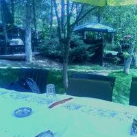 6/2/2013 tarihinde Özgür Baris A.ziyaretçi tarafından Çardak Restaurant'de çekilen fotoğraf