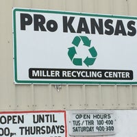Photo taken at PRo Kansas / Miller Recycling Center by Ruth D. on 12/10/2016