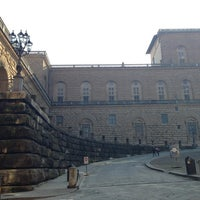 Foto scattata a Piazza dei Pitti da Giovanna V. il 1/7/2013
